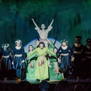 01-xxxv-lietuvos-profesionaliu-teatru-festivalis-vaidiname-zemdirbiams-teatras-kaip-duona-_atidarymo-ceremonija-5_1616273191-caad1a78c38ed3e0c039ba69b179d96d.jpg